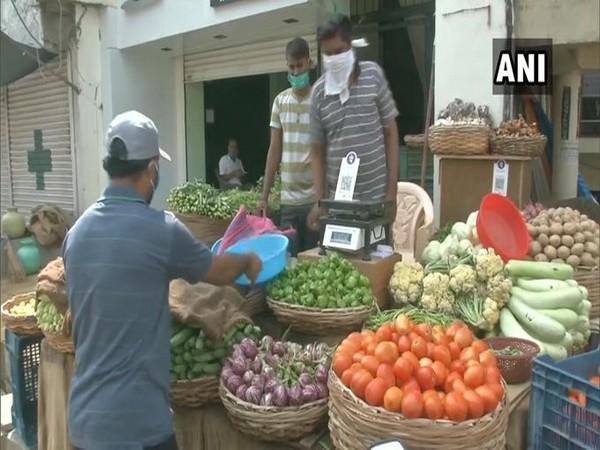 A vegetable shop opened in Kalaburagi on Sunday [Photo/ANI]