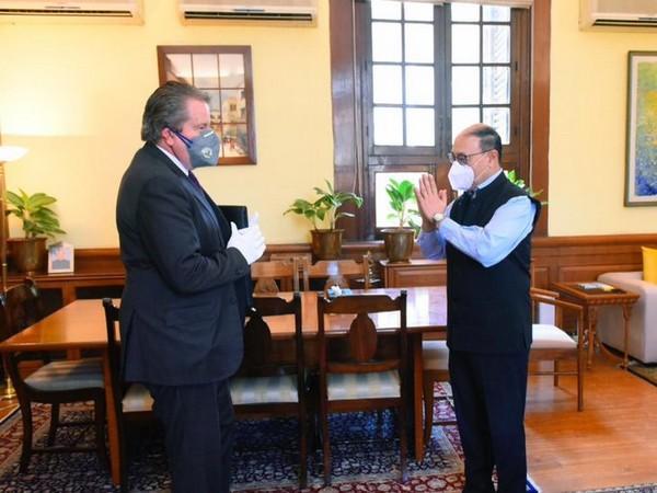 Foreign Secretary Harsh Vardhan Shringla (R) with Russian Ambassador Nikolay Kudashev