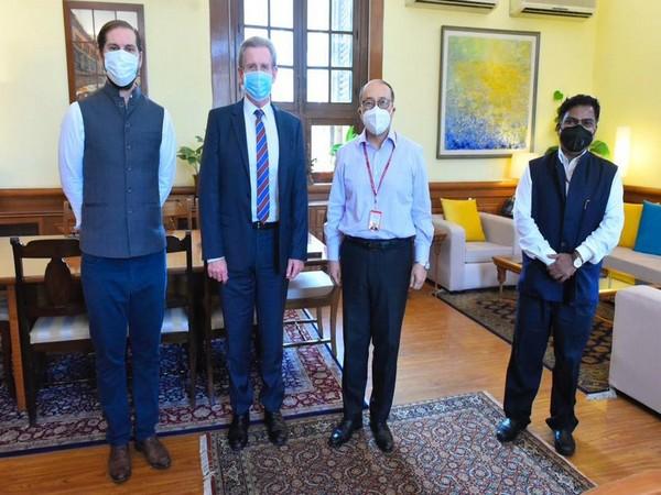 Foreign Secretary Harsh Vardhan Shringla (second from left) met Australian High Commissioner Barry O'Farrell (Twitter/Anurag Srivastava)