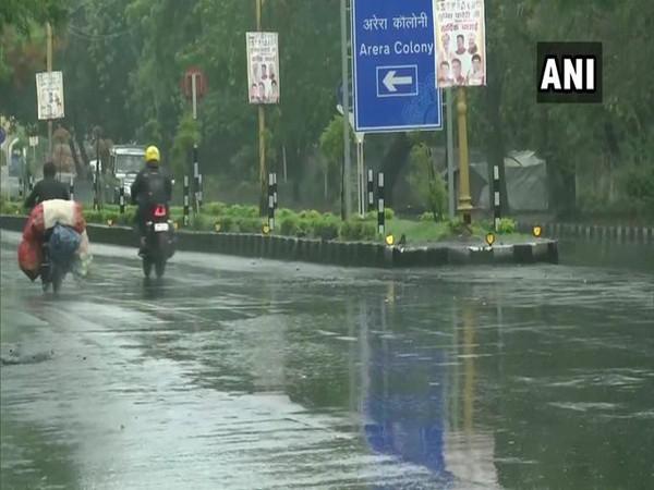 Rain lashes parts of Bhopal on Thursday. [Photo/ANI]