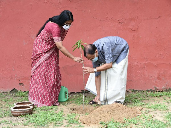 V Muraleedharan, with his wife, planted a sapling on World Environment Day on Friday. (Photo: Twitter/ V Muraleedharan's Official twitter handle)