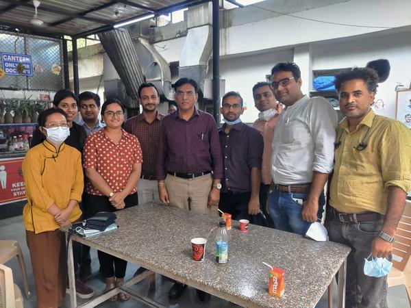 Union Health Minister Mansukh Mandaviya interacting with Resident doctors of RML hospital, Delhi