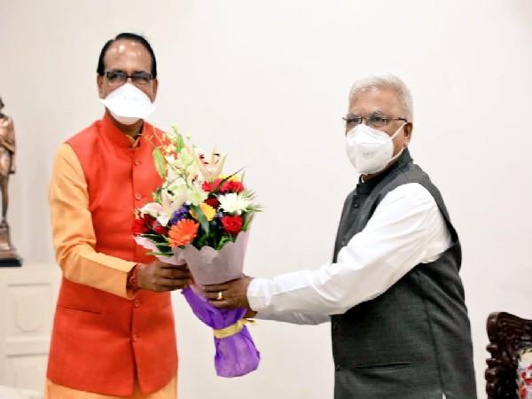 Madhya Pradesh CM Shivraj Singh Chouhan and Governor Mangubhai Chhaganbhai Patel
