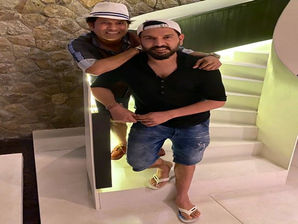 Former cricketers Sachin Tendulkar and Yuvraj Singh (Photo/ Sachin Tendulkar Twitter)
