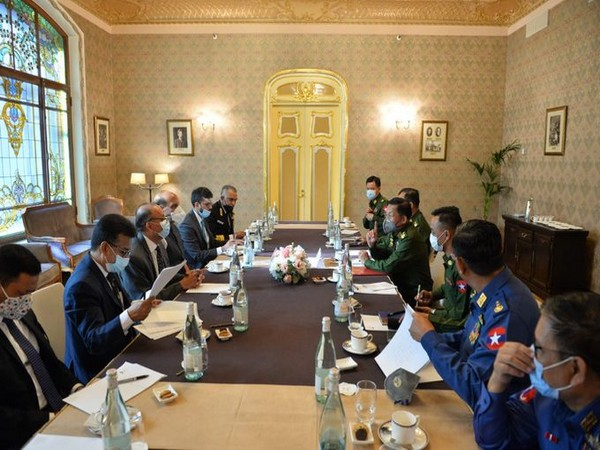 Defence Minister Rajnath Singh meets Myanmar's Military Chief, Senior General Min Aung Hlaing
