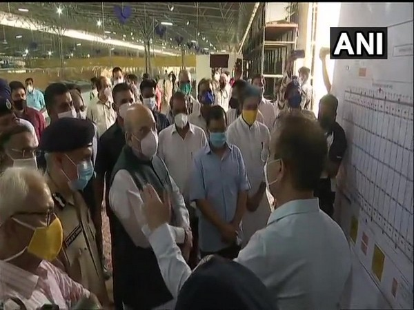 Union Home Minister Amit Shah and Dehi CM Arvind Kejriwal visited COVID-19 Care Centre at Radha Soami Beas in Chhatarpur on Saturday (Photo/ANI)