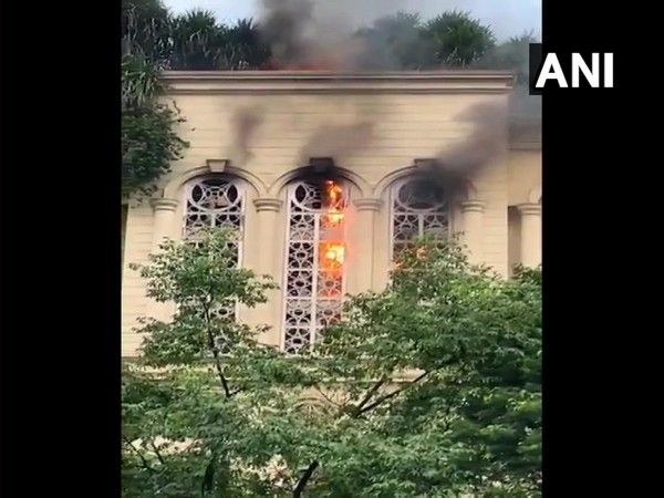 The fire was confined to the 3,000 sq ft office area on the 5th floor. [Photo/ANI]