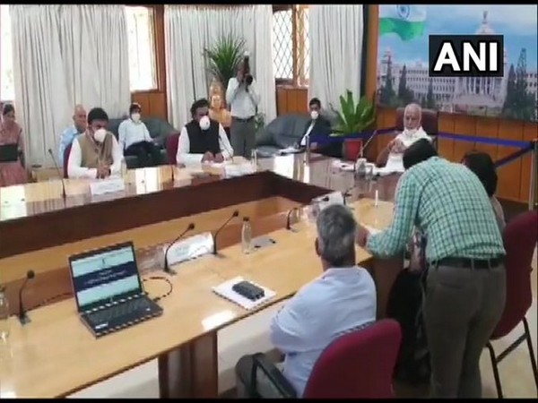 Karnataka CM B S Yediyurappa heald a meeting with a team of officials from the Union Health Ministry in Bengaluru on Tuesday (Photo/ANI)