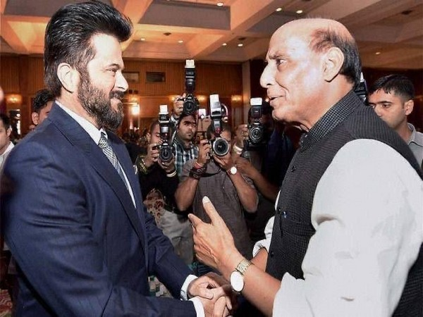 Bollywood actor Anil Kapoor with Defence Minister Rajnath Singh (Image Source: Twitter)