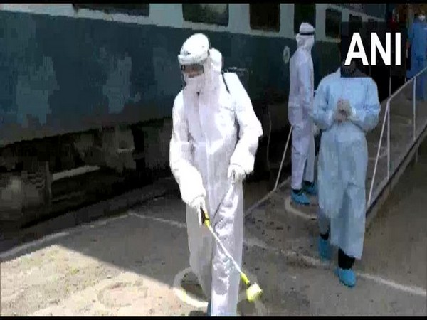 Northern Railways has converted 503 coaches into isolation wards for those infected with coronavirus in Delhi-NCR. [Photo/ANI]