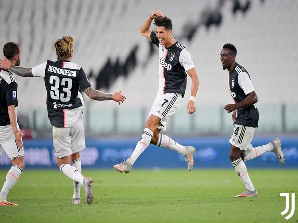 Cristiano Ronaldo with teammates. (Photo/ Juventus Twitter)