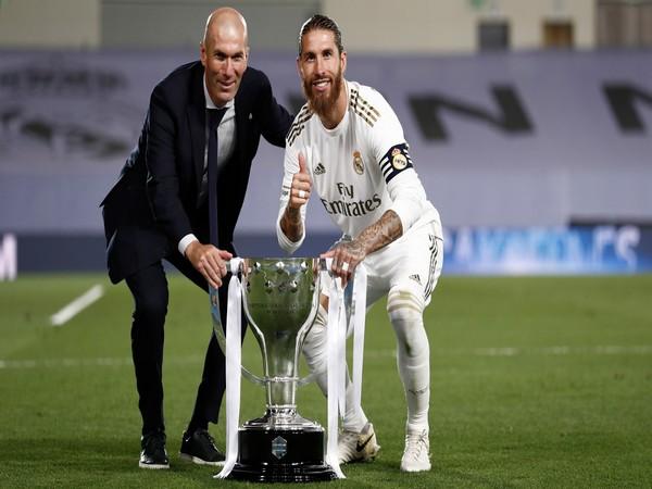 Real Madrid manager Zinedine Zidane with Sergio Ramos. (Photo/ Real Madrid Twitter)