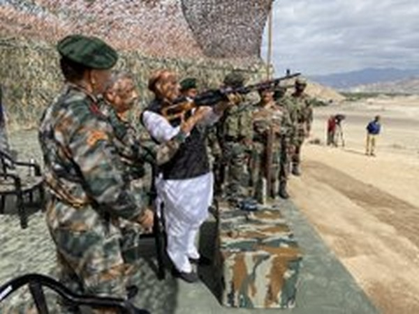 Defence Minister Rajnath Singh witnessed para dropping and scoping weapons at Stakna, Leh (Photo/ANI)