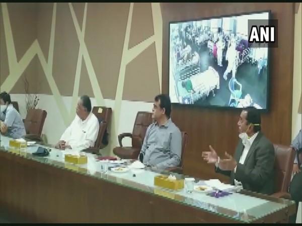 Karnataka Deputy CM Ashwathnarayan holding a meeting with the hospital officials on Saturday. [Photo/ANI]