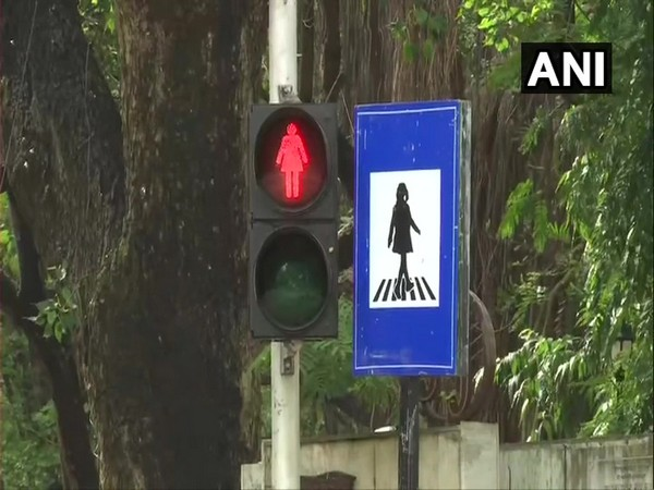 Female figures on the traffic signal signages in 'G North' ward of Mumbai [Photo/ANI]