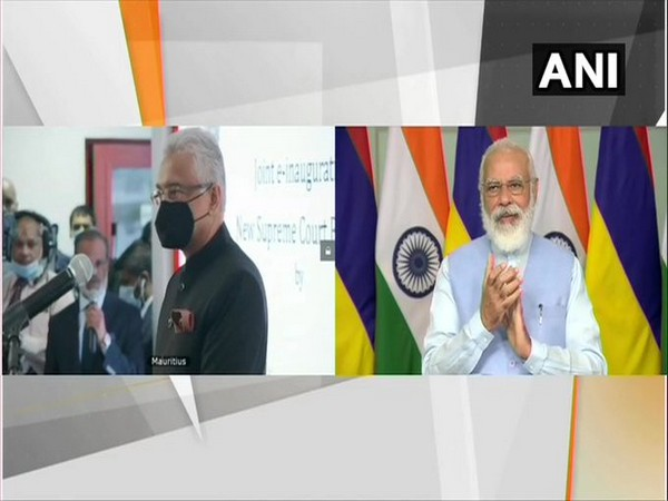 Prime Minister Narendra Modi and his Mauritian counterpart Pravind Jugnauth