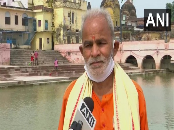 Radhey Shyam Pandey, one of the brothers who collected the Water and Soil speaking to ANI on Sunday (Photo/ANI)