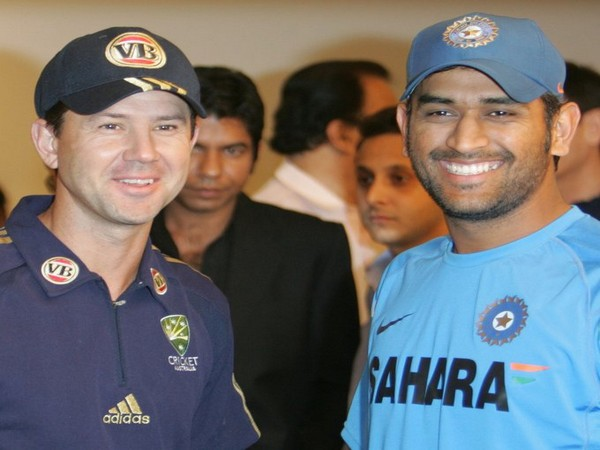 Ricky Ponting with MS Dhoni (Photo/ Ricky Ponting Twitter)