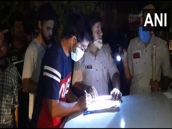 Around 1,000 challans were imposed by the Aligarh police on Wednesday. (Photo/ANI)