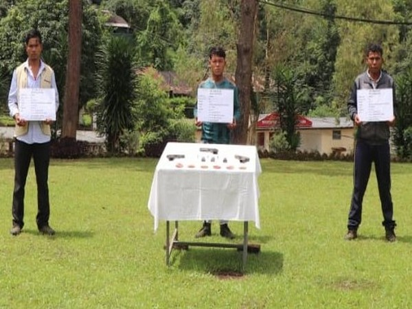 Security Forces in an operation apprehended three hardcore Cadres of ULFA(I) near Noglo, Tirap (Photo/Twitter/EasternCommand_IA)