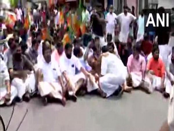Members of Bharatiya Janata Yuva Morcha held a protest march in Thiruvananthapuram on Tuesday (Photo/ANI)