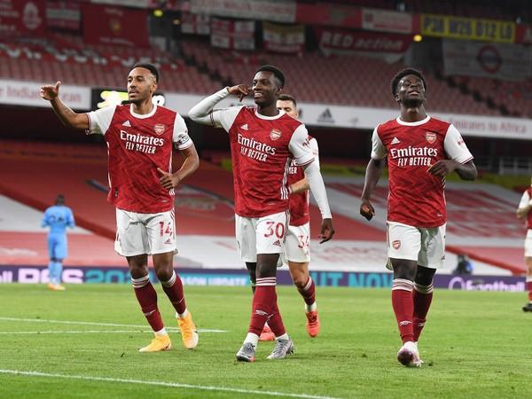 Arsenal celebrate after winning against West Ham (Photo/ Eddie Nketiah Twitter)