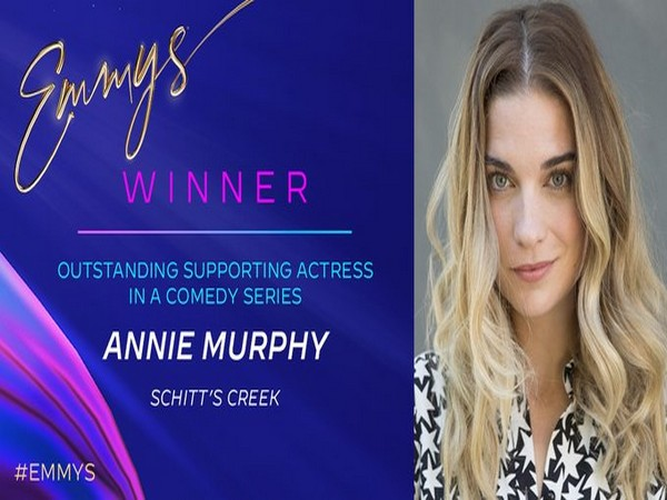 Annie Murphy wins 'Outstanding Supporting Actress' for Schitt's Creek (Photo/ Television Academy Twitter)