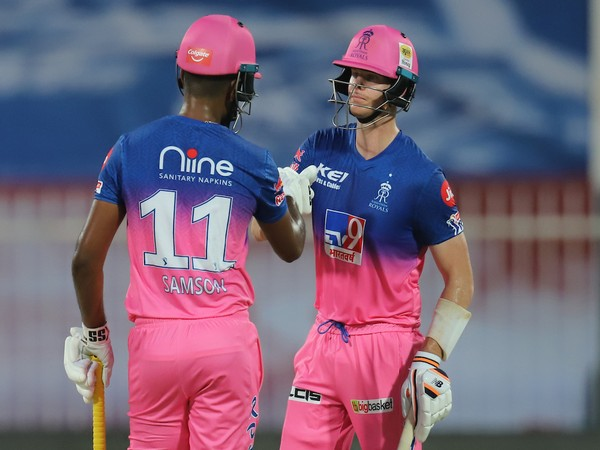 Rajasthan Royals' Sanju Samson with Steve Smith (Photo/ IPL Twitter)