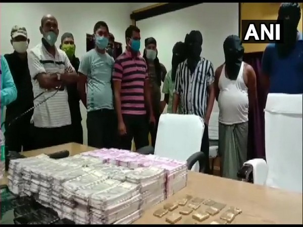 FICN worth over Rs 1 crore recovered in Cooch Behar by West Bengal police. [Photo/ANI]