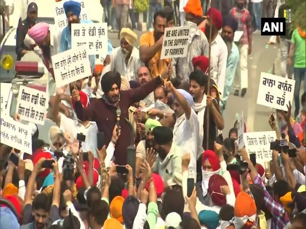Congress leader Navjot Singh Sindhu at a protest in Amritsar. (Photo/ANI)
