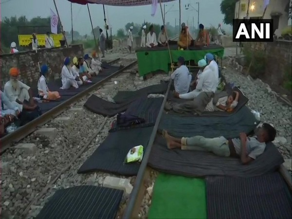 Visuals from the protest site [Photo/ANI]