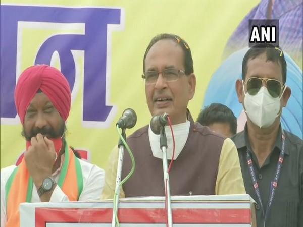 Madhya Pradesh Chief Minister Shivraj Singh Chouhan in Mandsaur (Photo/ANI)