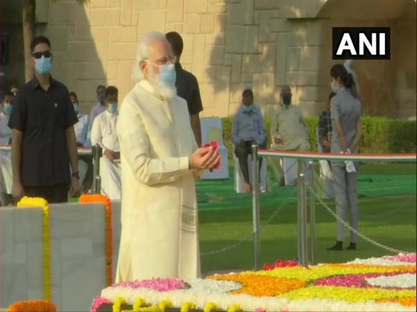 Prime Minister Narendra Modi at Raj Ghat on Friday.  [Photo/ANI]