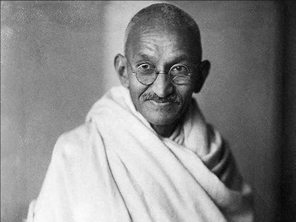 Mahatma Gandhi (Photo/Twitter/Vice President of India)