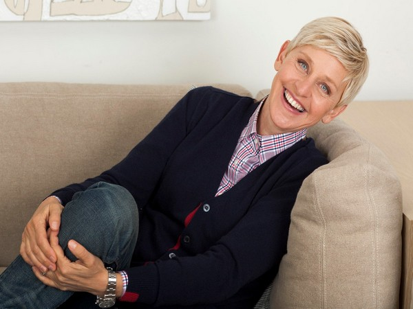 Ellen had earlier called out for help during the Australian bushfire incident