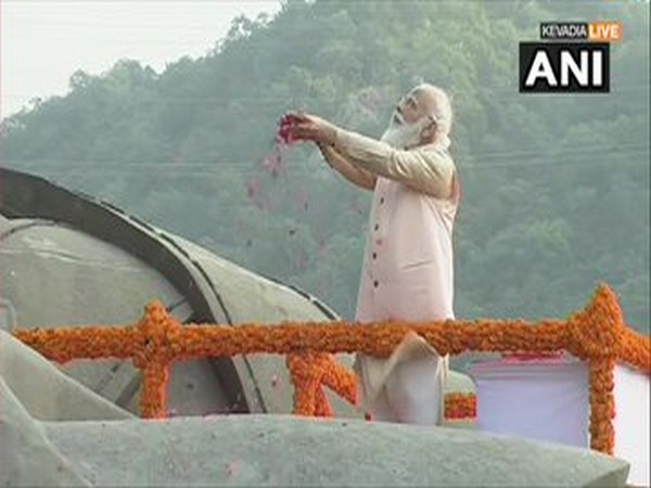 Prime Minister Narendra Modi paid tribute to Sardar Vallabhbhai Patel in Kevadia