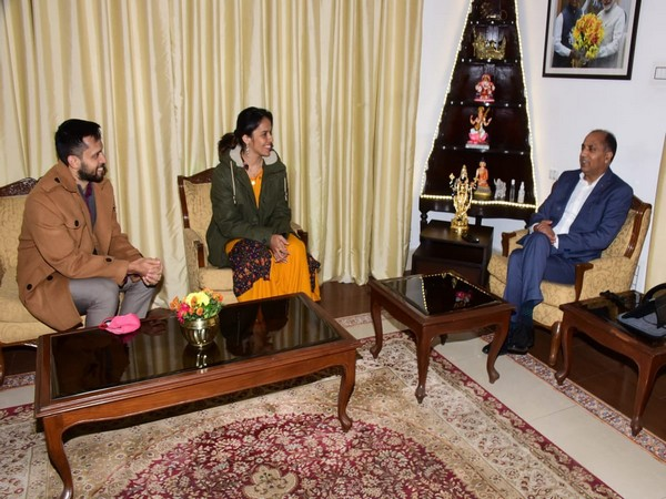 Saina Nehwal, Parupalli Kashyap call on Himachal Pradesh CM Jai Ram Thakur (Photo/ Jai Ram Thakur Twitter)