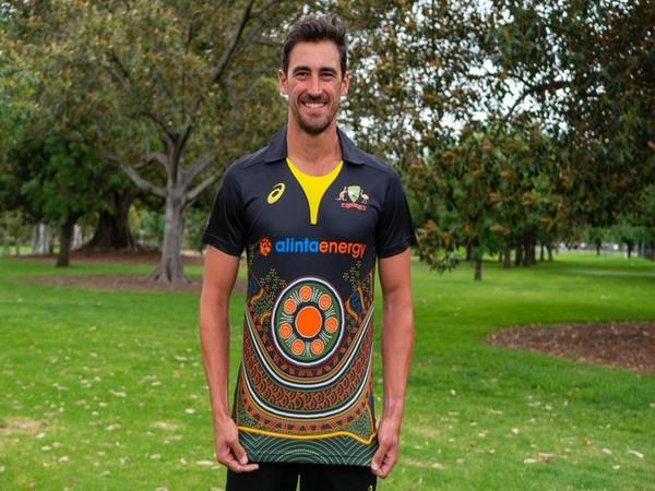 Australian pacer Mitchell Starc in new Indigenous shirt (Photo/ Cricket Australia Twitter)