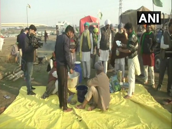 Farmers protetst on Nirankari Samagam Ground in Burari, Delhi, on Saturday. (Photo/ANI)
