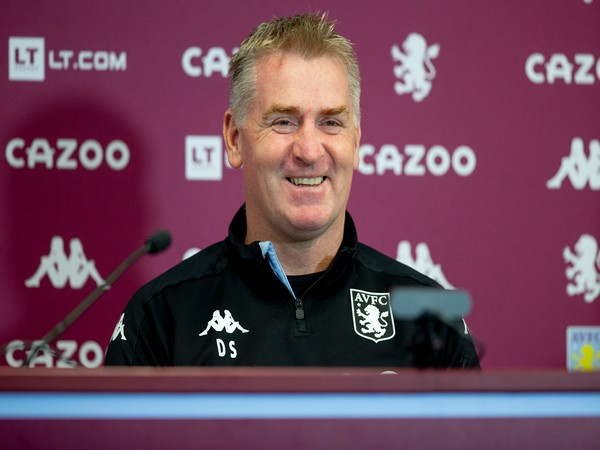 Aston Villa head coach Dean Smith (Photo/ Aston Villa Twitter)