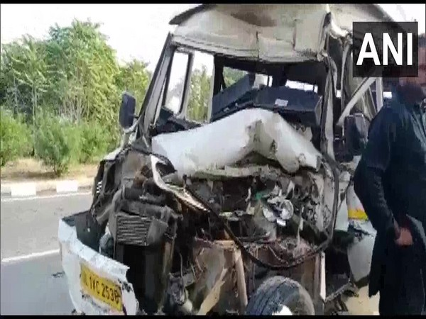 The vehicle where an official of Pakistan High Commission in India was travelling in.