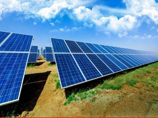There are few power producers with capabilities to execute both solar and wind projects
