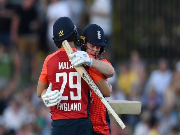 Dawid Malan and Eoin morgan during their partnership. (Photo/ICC Twitter)