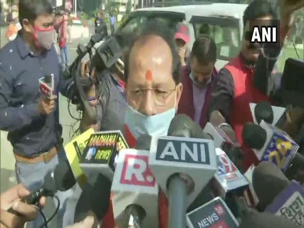 NDA candidate for Speaker post of Bihar Assembly Bijay Sinha speaking to reporters in Patna on Tuesday [Photo/ANI]