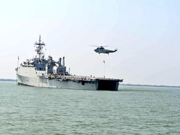 Indian Navy deploys disaster relief teams on standby for support to Tamil Nadu and Puducherry administrations (Photo/ANI)