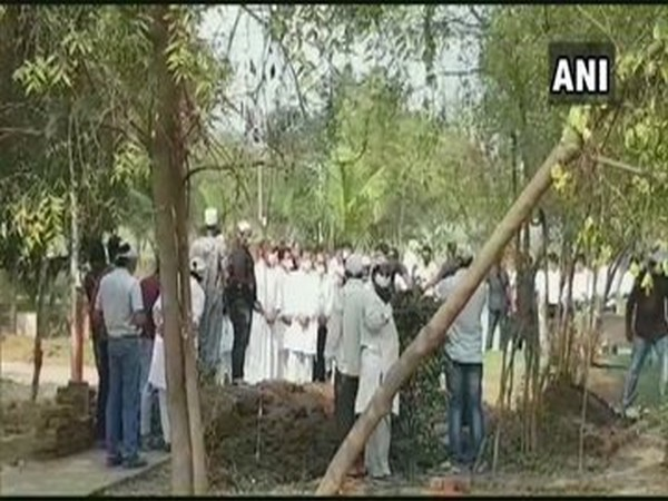 Congress leader Ahmed Patel was laid to rest in Bharuch on Thursday (Photo/ANI)