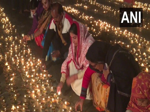 Devotees marked the eve of Kartik Purnima on Sunday by lighting lamps on the banks of Saryu in Ayodhya [Photo/ANI]