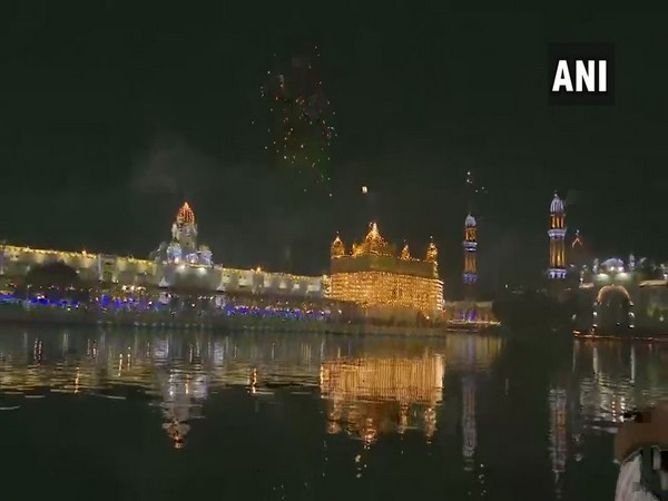 Guru Nanak Jayanti celebrations at the Golden Temple (Harmandir Sahib) in Amritsar (Photo/ANI)
