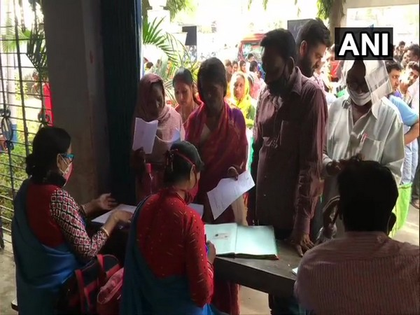 Several gathered at camps in Asansol in West Bengal to apply for government schemes. (Photo/ANI)