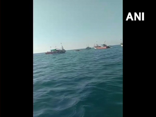 Two fishermen have drowned as a boat capsized off Mangaluru coast in Arabian Sea [Photo/ANI]